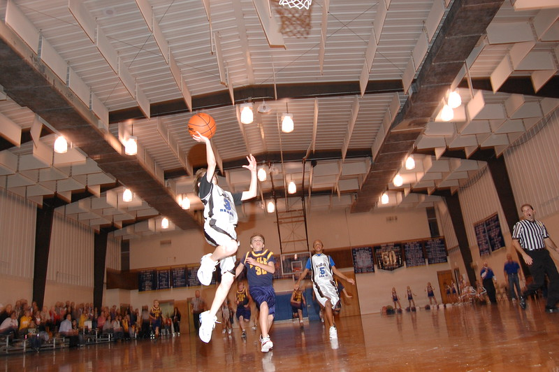 HFS  basketball 1-11-07 vs St  John 008