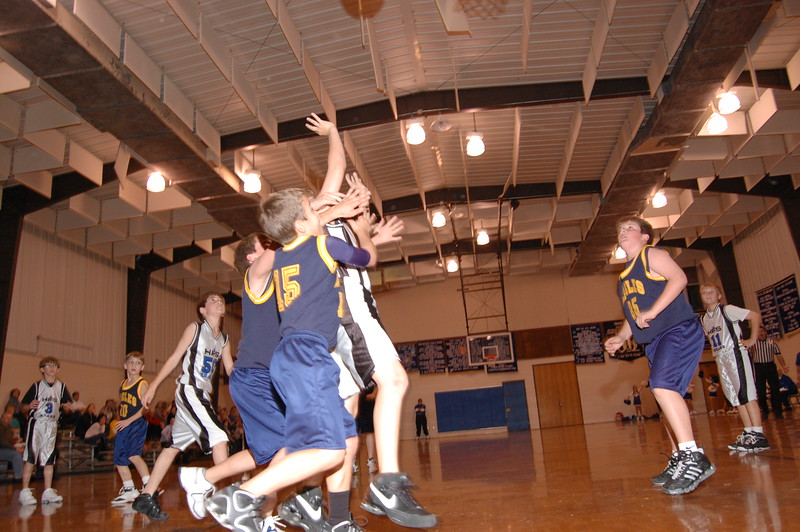 HFS  basketball 1-11-07 vs St  John 006