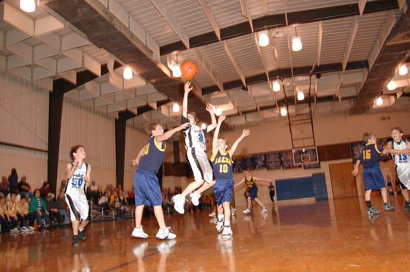 HFS  basketball 1-11-07 vs St  John 003