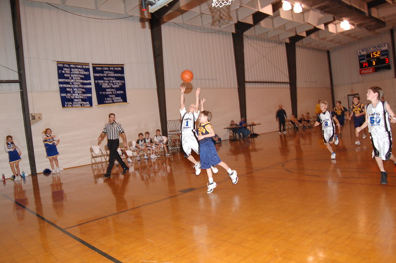 HFS  basketball 1-11-07 vs St  John 024