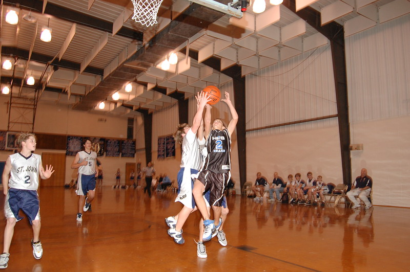 HFS  basketball 1-11-07 vs St  John 045