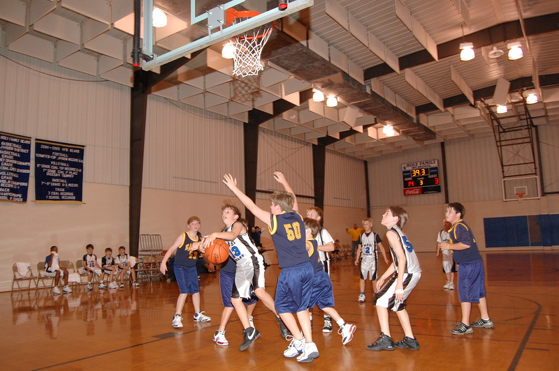 HFS  basketball 1-11-07 vs St  John 026