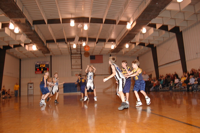 HFS  basketball 1-11-07 vs St  John 020
