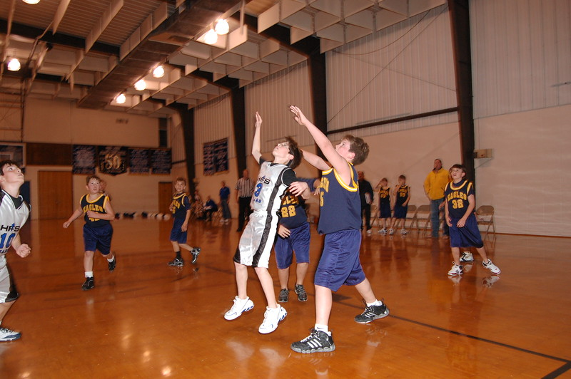 HFS  basketball 1-11-07 vs St  John 017
