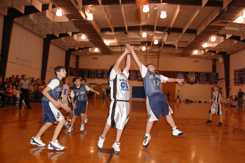 HFS  basketball 1-11-07 vs St  John 042