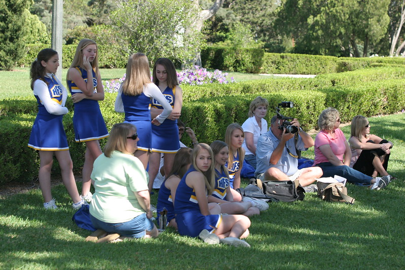 Holy Family Cheerleaders 04 09 2006 A 050
