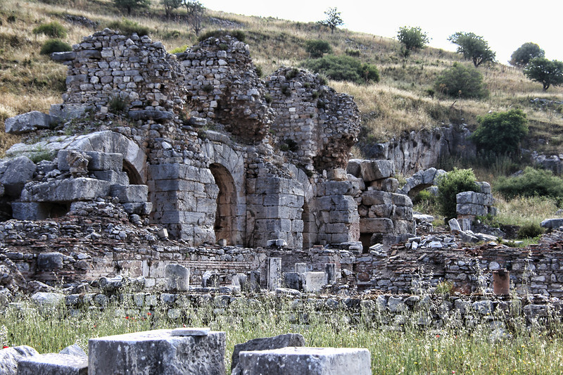Ephesus0146<br /> The Bath of Varius, constructed by Flavius Domianus and was located in the State Agora.