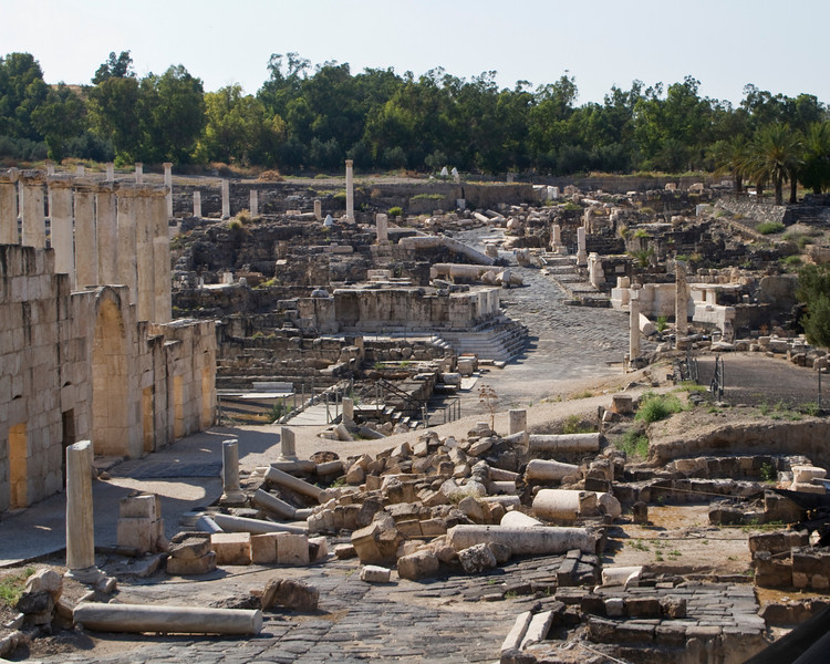 Excavation of Bet Shean shows the devastating result of the earthquake that ultimately ended occupation here.