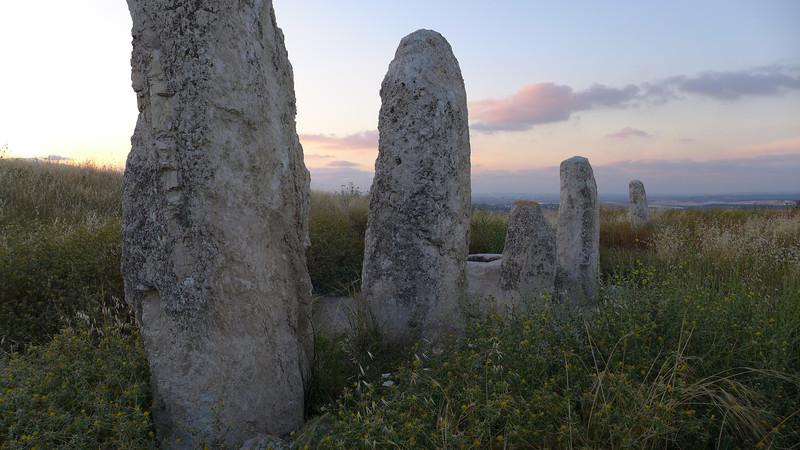monolithic stelae