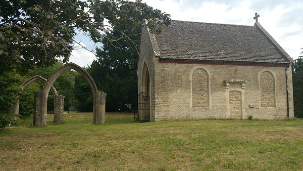 Technically,this part above ground is the chapel.