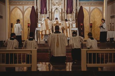 _NIK3949 Holy Thursday FSSP