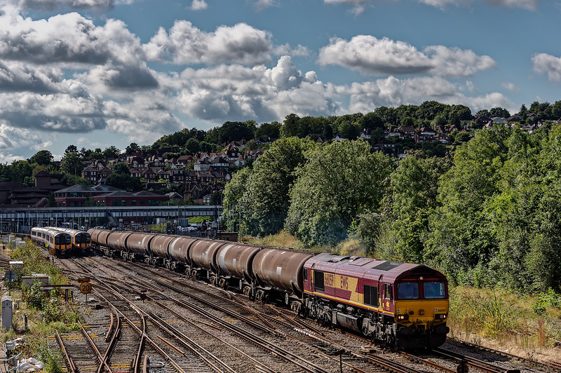 Viewed from Yorkies Bridge, 66059 passes Guildford with 6Y32, the 08:25 Fawley - Holbourne empty tanks, on 13th August 2014.