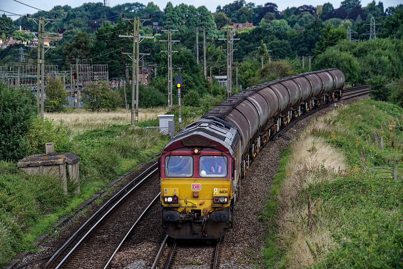 66134 running down from Aldershot, at Badshot Lea with 6Y32, the 08:24 Fawley - Holybourne empty tanks, on 31st August 2016. This was the last train to be loaded at Holybourne and returned to Fawley for discharge.