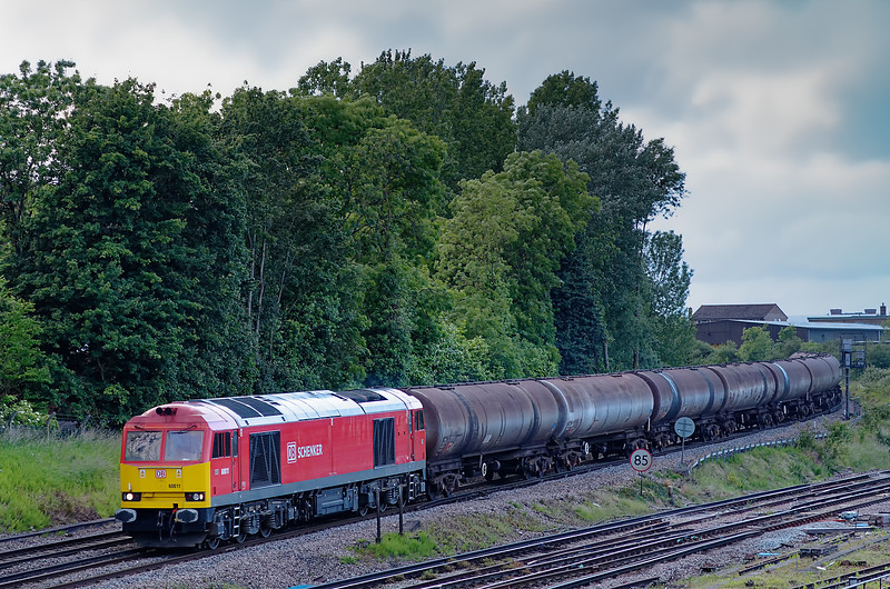 60011 comes off the Reading Line at Guildford with 6Y34, the 20:03 Holybourne - Eastleigh East Yard loaded tanks, on 15th June 2012. By this time a class 60 was a rare sight on this working.