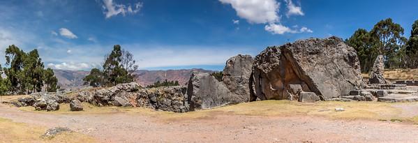 Cusco : de ruïne van Quenqa : Tempel van de maan