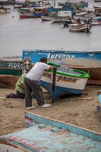 wandeling door het vissersdorpje Pacusana