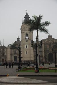 dag 2 : LIMA : Plaza de Armas, kathedraal