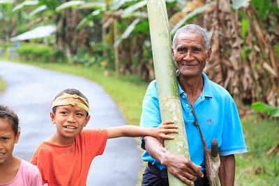 Een favoriet bouw materiaal en zeer goedkoop en sterk. Bamboe.