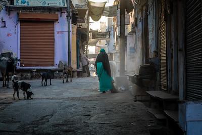 Deogarh vroege ochtend in de stad.