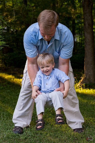 June 19, 2016 Father's Day session shot by Vasquez Photography.
