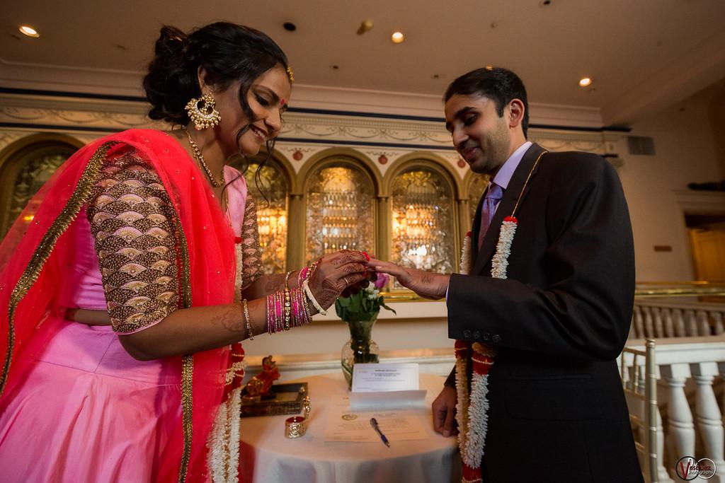 Tanvi & Quresh Wedding November 21, 2016 in Cincinnati, Ohio. 📸: Vasquez Photography