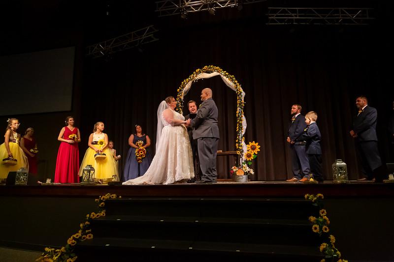 Mandy & Uri Shper wedding on October 10, 2020. Photo by Vasquez Photography