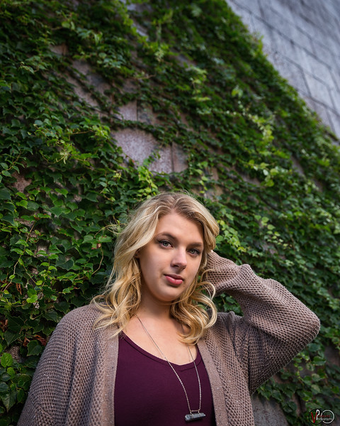 Senior session with Sydney in Columbus, Indiana on October 20, 2018. Photo by Tony Vasquez.