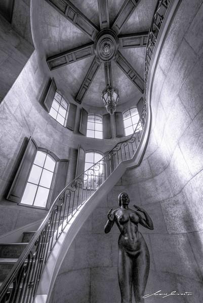 Statue in Wonder