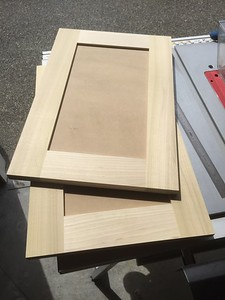 Making cabinet doors