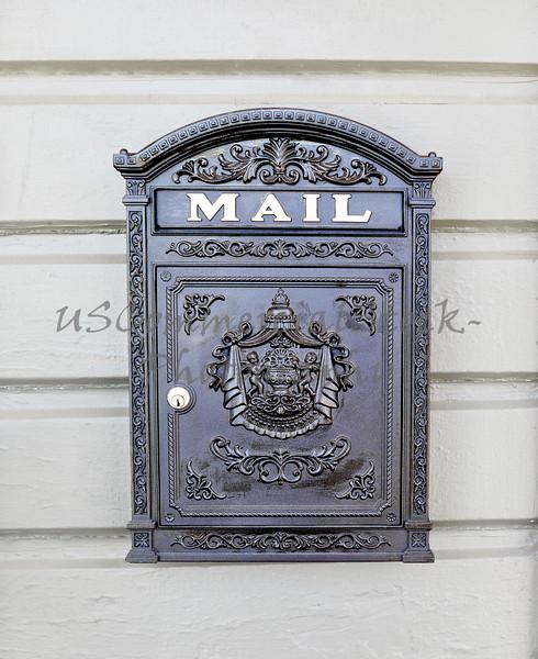 Wall Mounted Mailbox