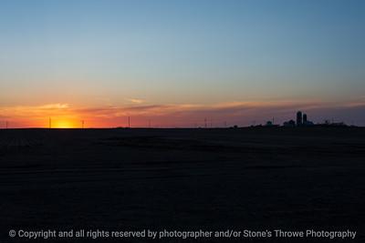 015-sunset_farm-ankeny-29mar21-12x08-008-400-0395