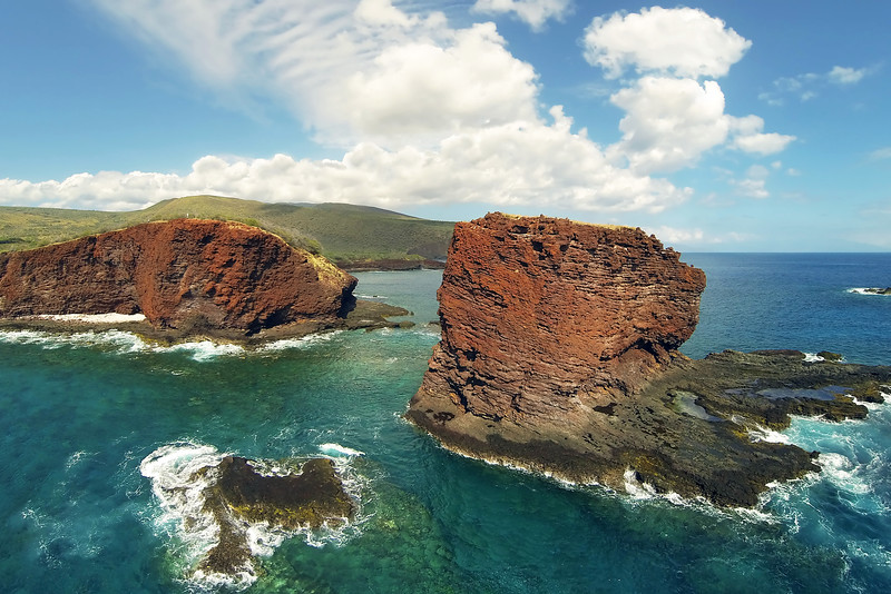 Drone Cam Hawaii - Puupehe (Sweetheart Rock) - Island of Lana'i - Hawaii