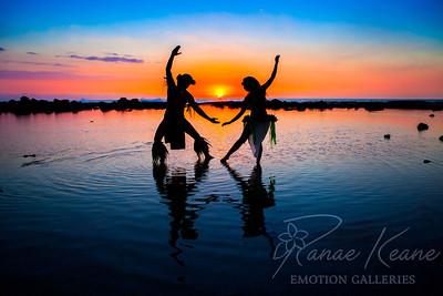 Tahatian Dancers