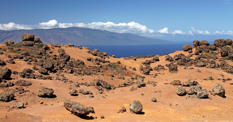 Keahiakawelo (Garden of the Gods) - Molokai on Horizon - Lana'i, Hawaii