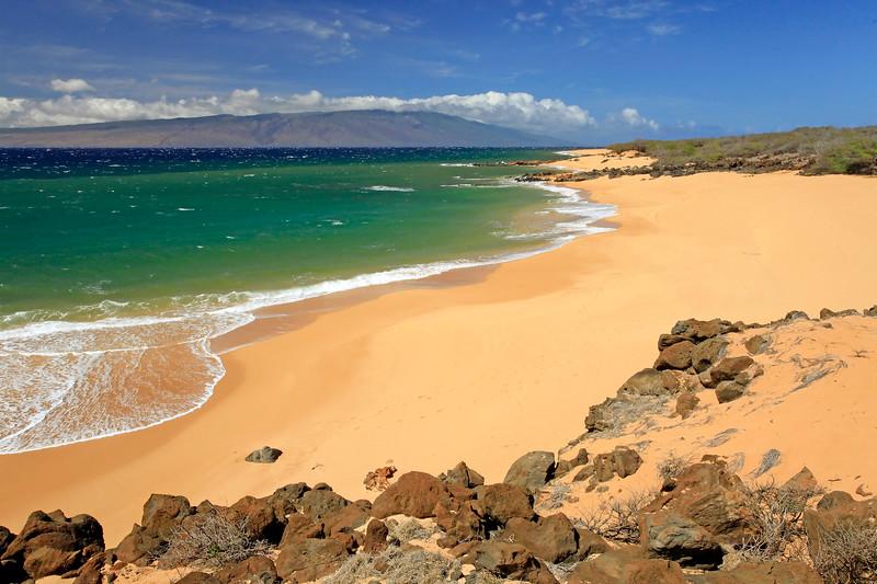 Polihua Beach - Molokai on Horizon - Lana'i, Hawaii