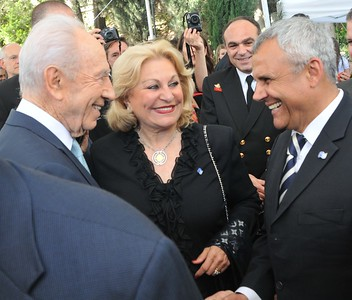 "(L-R) President of Israel, Shimon Peres meets with Nili Falic and Maj. Gen. (Res.) Yitzhak ""Jerry"" Gershon at the Prime Minister's Residence in Jerusalem, Israel"