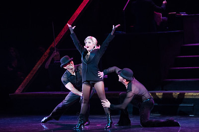 Israeli singer and actress, Shiri Maimon makes her Broadway debut in the Tony-winning revival of Chicago at the Ambassador Theatre on September 21 2018. Photos by Alexi Rosenfeld. צילום: אלקסי רוזנפלד