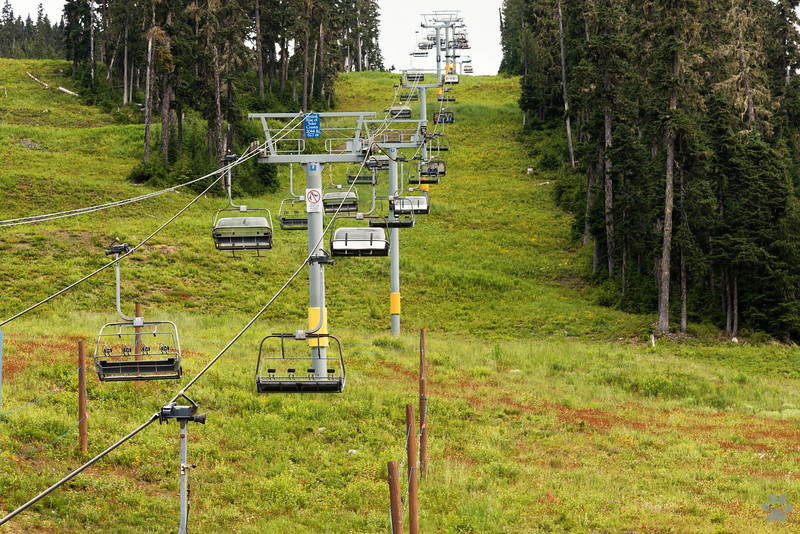 Chairlift to Whistler & Blackcomb