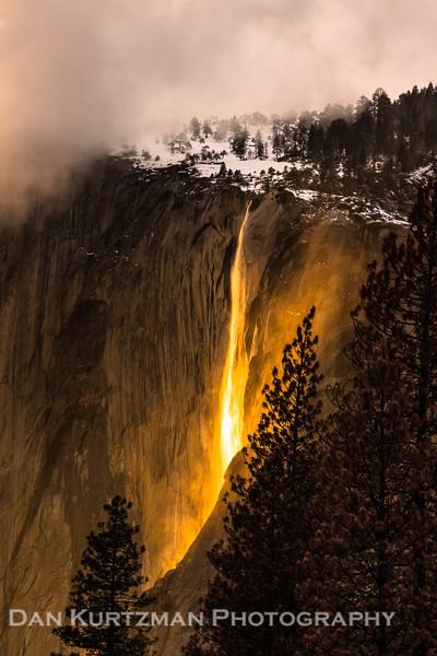 """Yosemite's """"Firefall"""""""