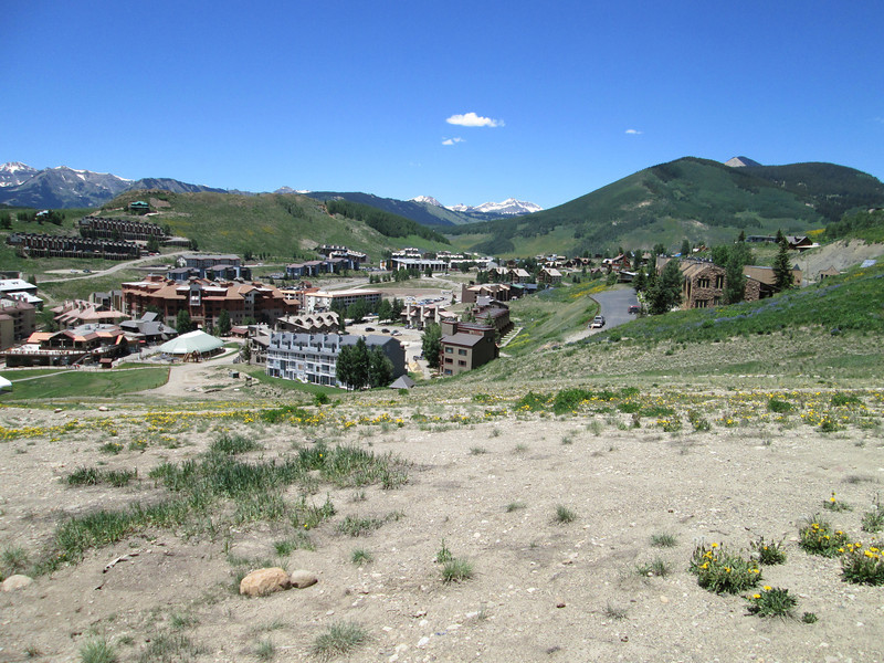 Wow, the city of Mount Crested Butte, nestled in the Rockies
