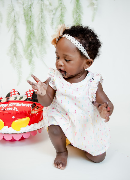 Leah - Smash the Cake-55