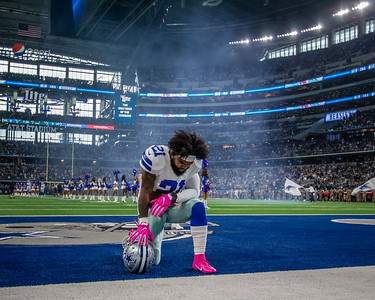 The Jacksonville Jaguars traveled to Dallas to take on the Cowboys at AT&T Stadium on Sunday, October 14, 2018. [James Vernacotola/For the Times-Union]