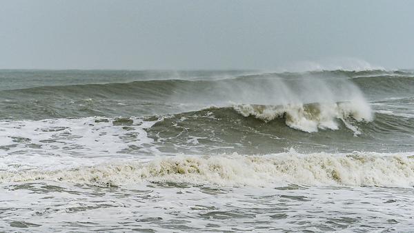 190904 Bethune Surf Gallery - Dorian