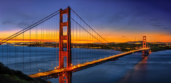 Golden Gate Bridge suring sunrise