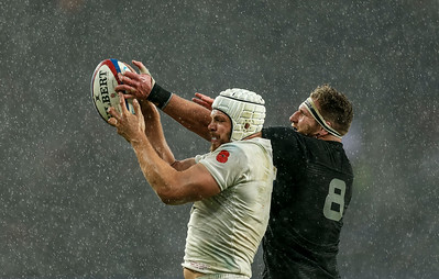 Rugby Union - England v New Zealand - Twickenham Stadium