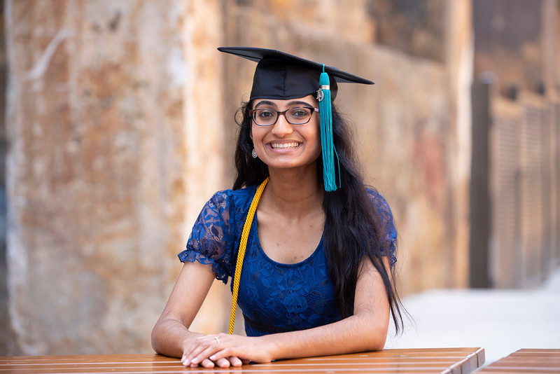 20190606 Himani Bhat Senior Cap and Gown 104Ed