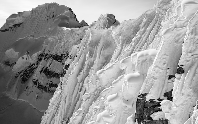Mooses Tooth Cornices