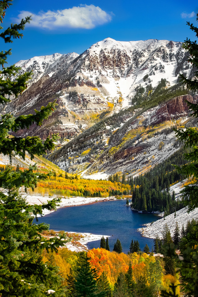 Maroon Bells in winter with lake
