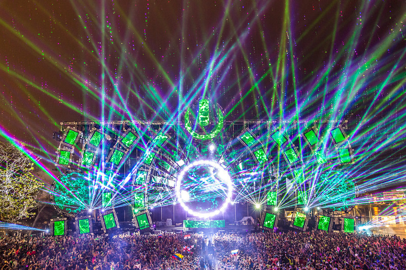 Raining Lasers at Ultra 2014