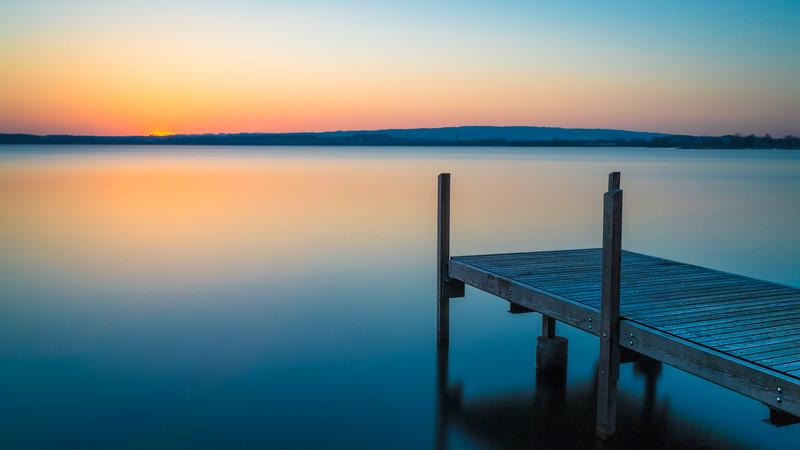 The smooth lake